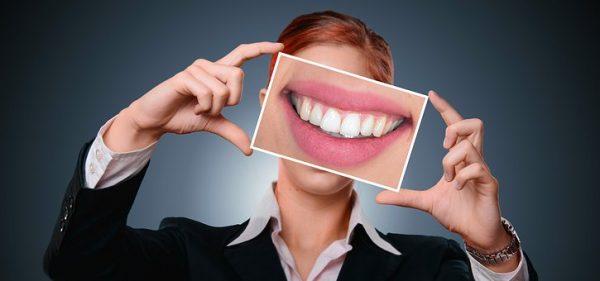 Comment recoller une dent ?